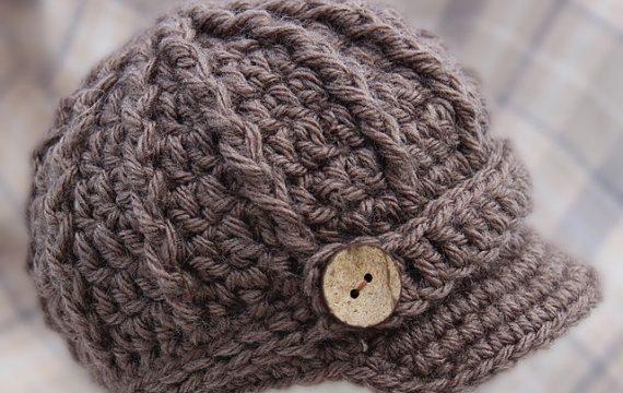 Newborn brimmed hat {Free Pattern}