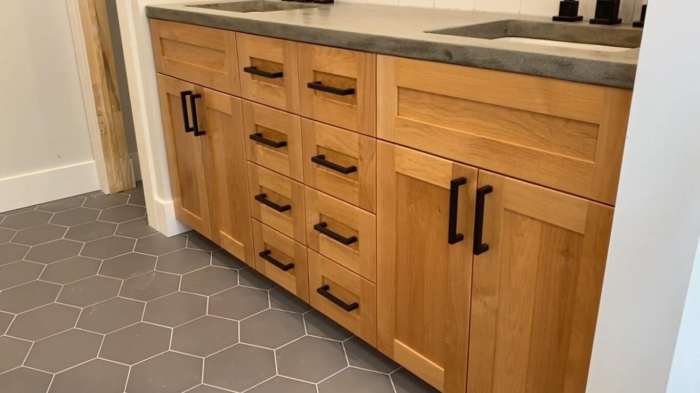 best Shaker cabinet doors
