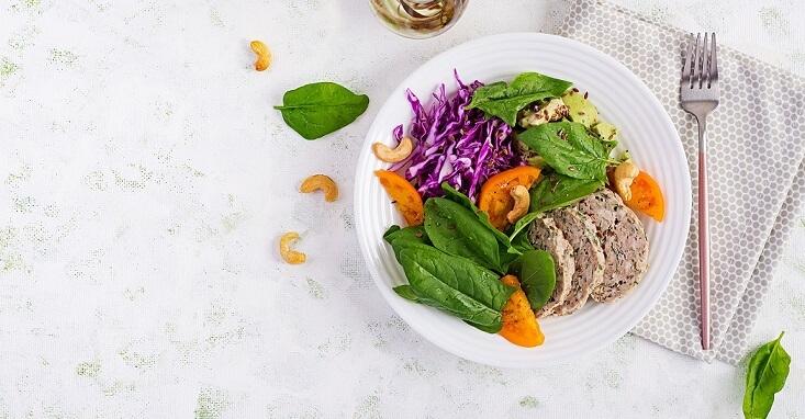 serving meatloaf with vegetable